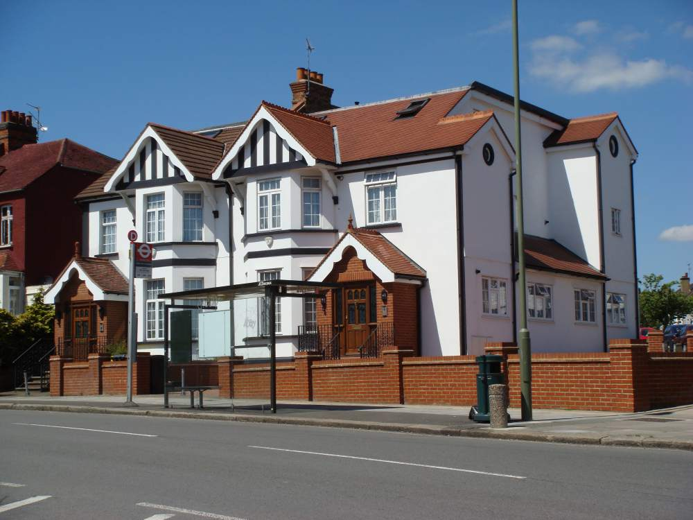 Mill Hill property front